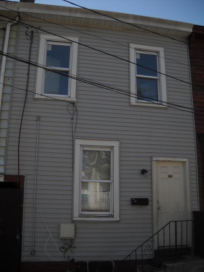 233 Hills Place, Trenton, NJ