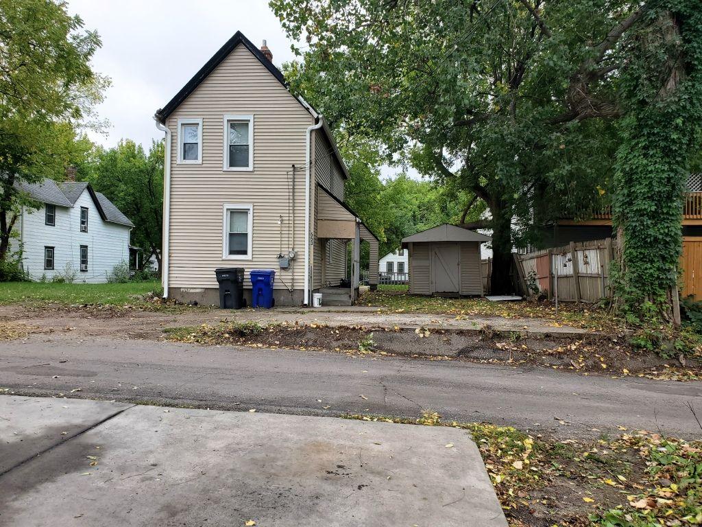 553 Van Buren Ave (Image - 2)