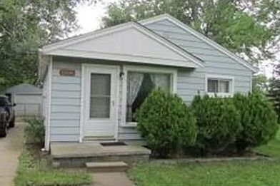 13341 Pine St, Taylor, MI