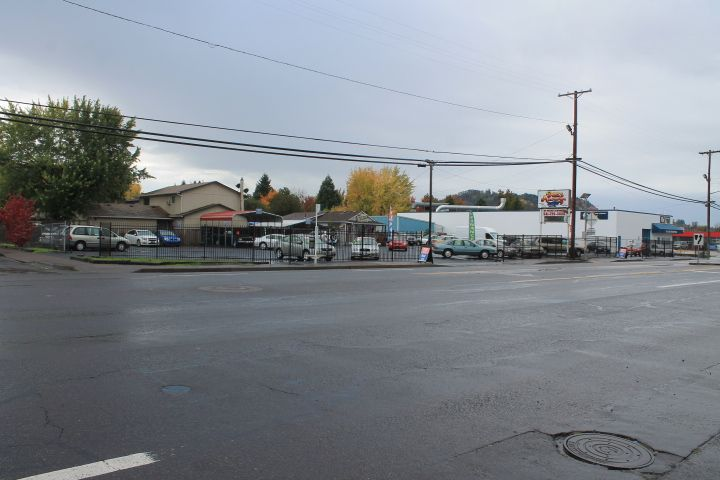 3477 Main St<br />Springfield, OR