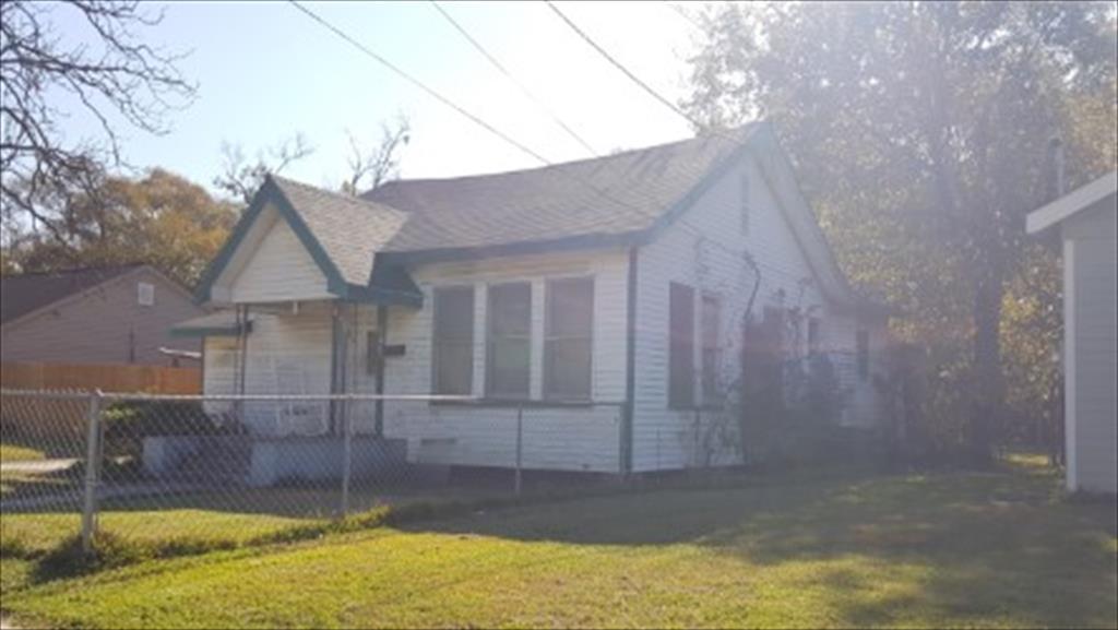340 E Elgie St, Beaumont, TX