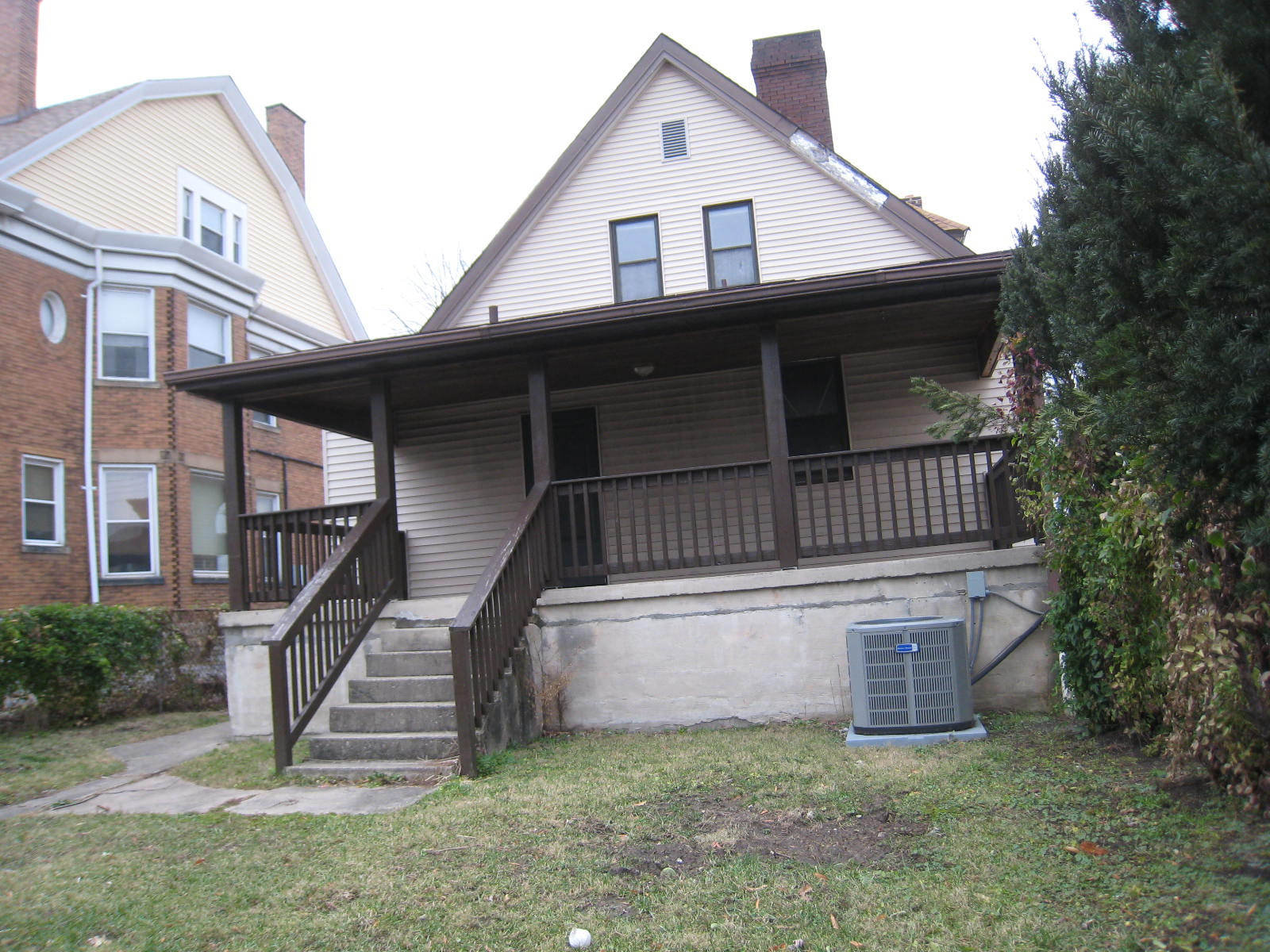 4901 Wesley Ave (Image - 1)