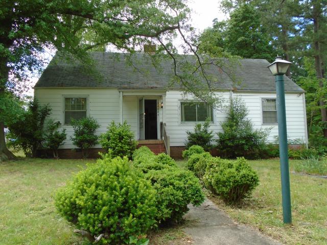 2602 Hollybrook Ave (Image - 1)