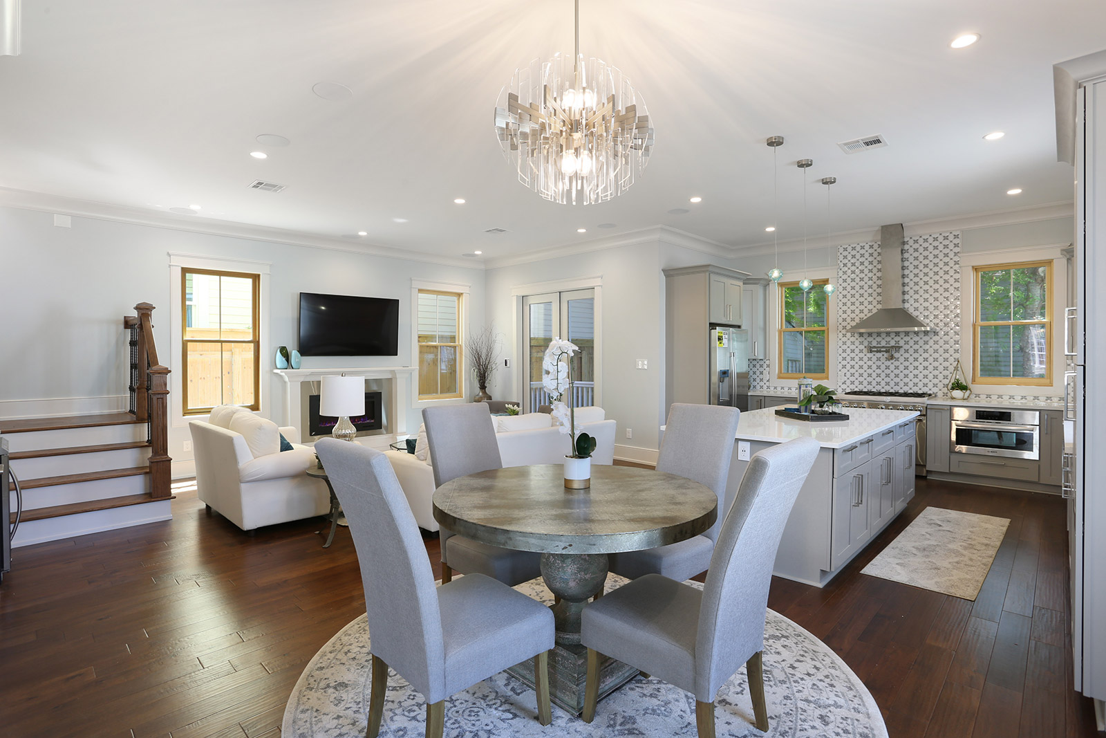 2370 Annunciation St (Image - 3)