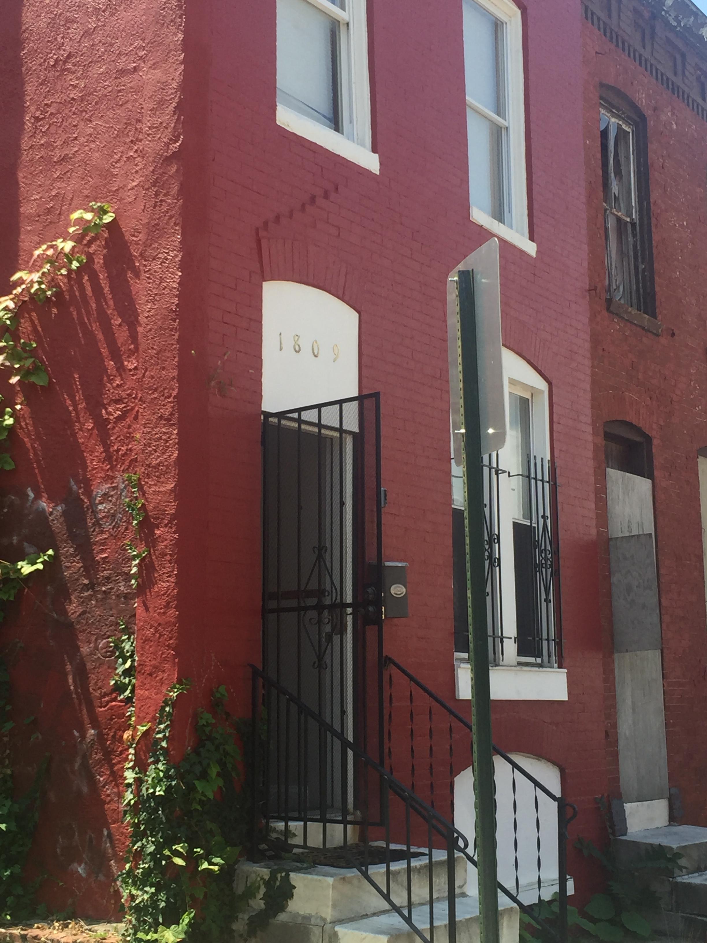 1809 Rayner Ave (Image - 1)