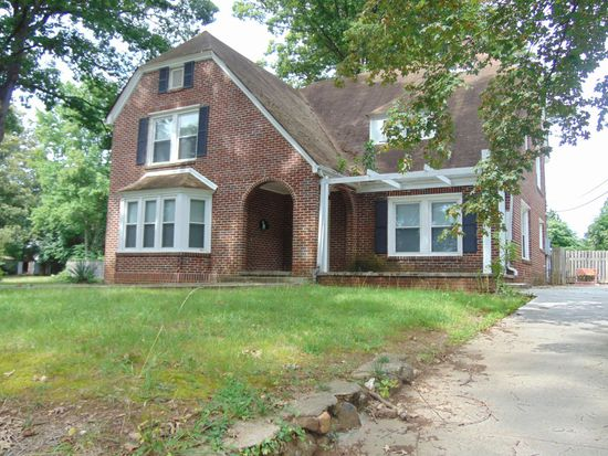 302 Forest Hill Ave (Image - 1)