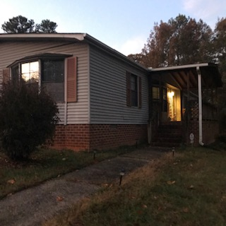 7215 Russell Rd (Image - 3)