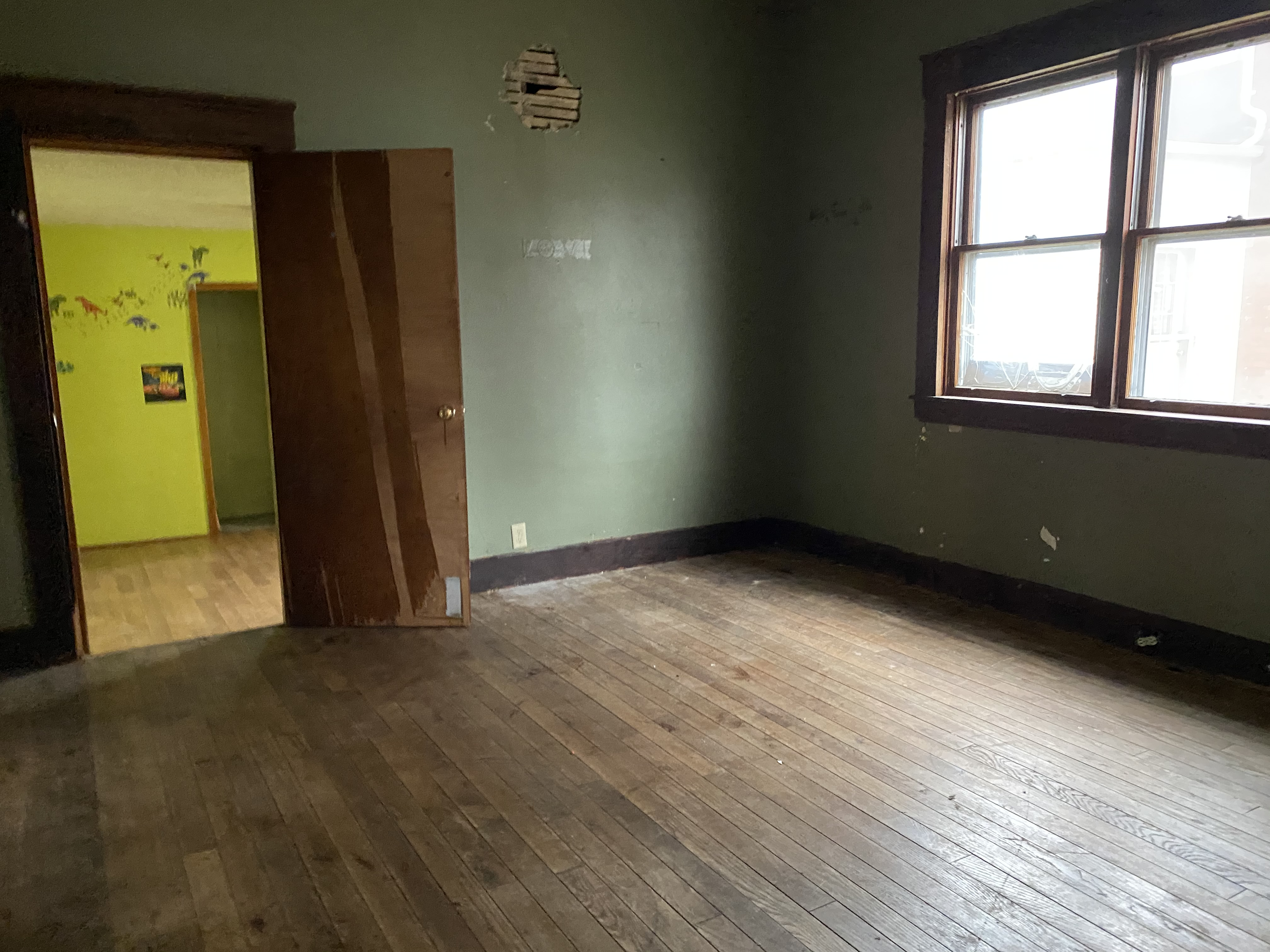 109 W Ross Ave (Image - 3)