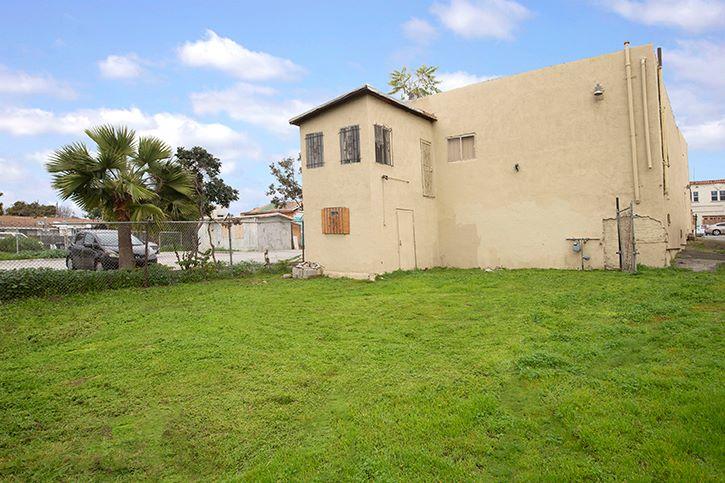 144-146 W. San Ysidro Blvd. (Image - 4)