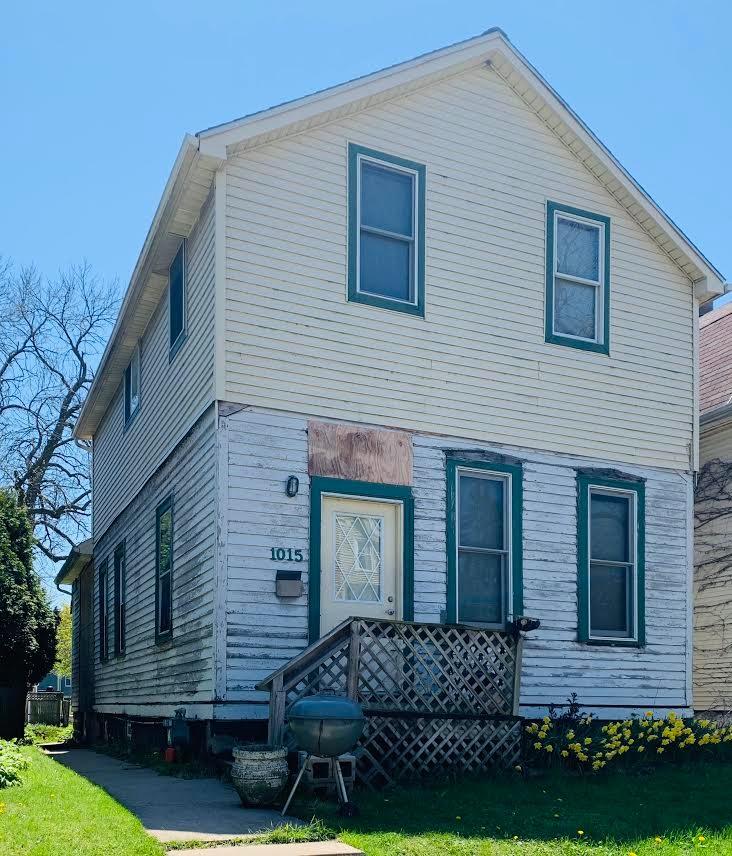 1015 E Potter Ave, Milwaukee, WI