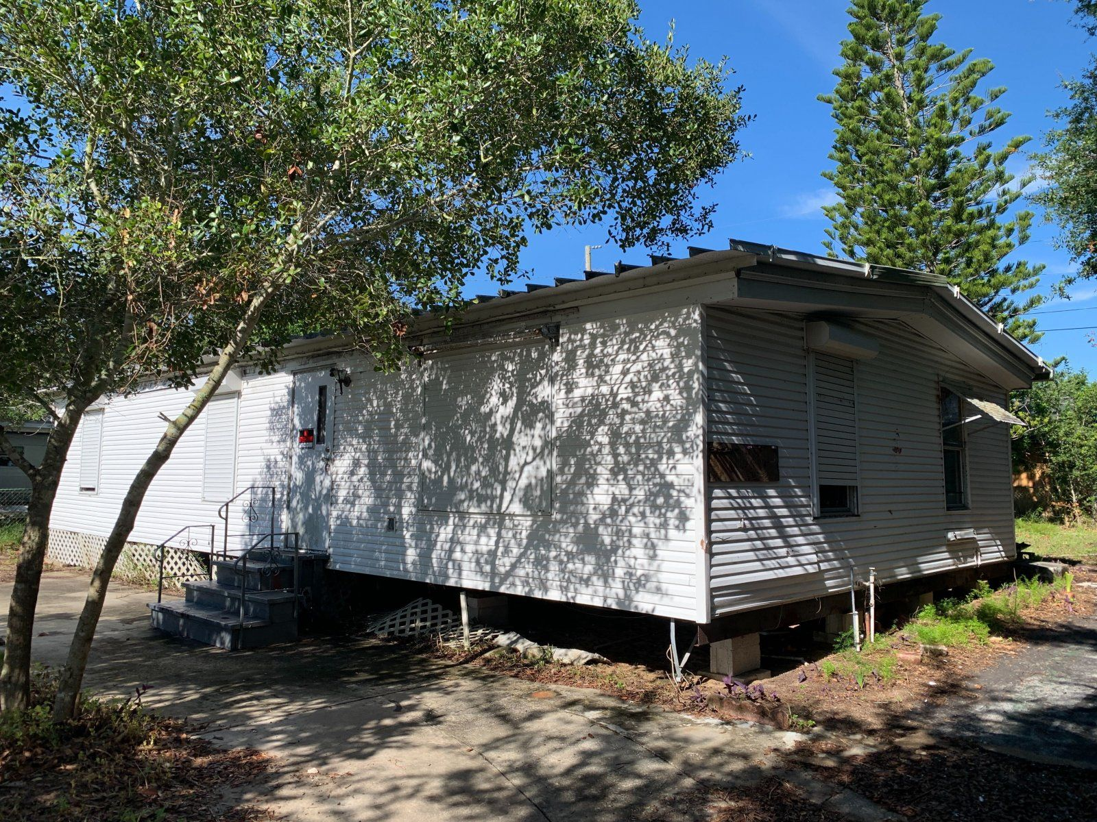 6987 Evergreen Dr (Image - 1)