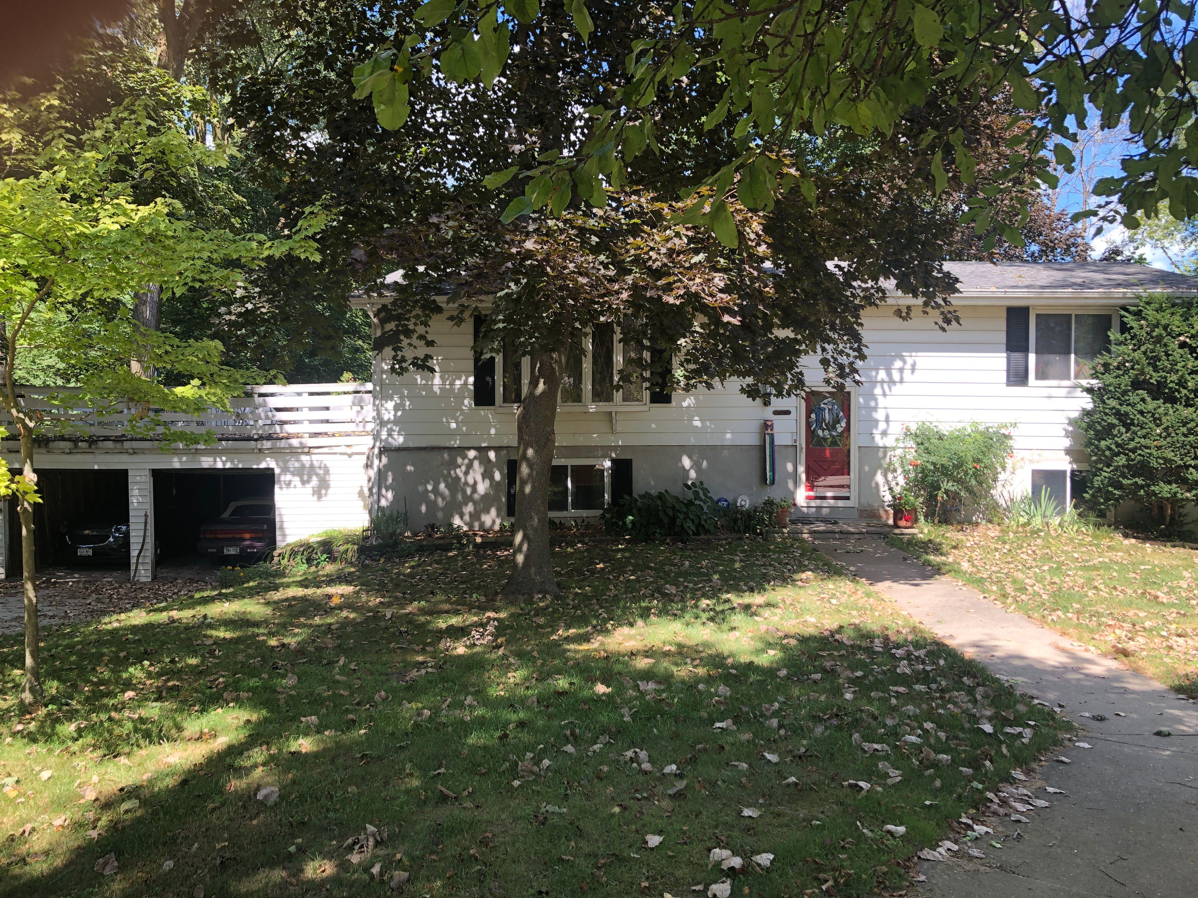 2916 Willow Tree Circle, Racine, WI