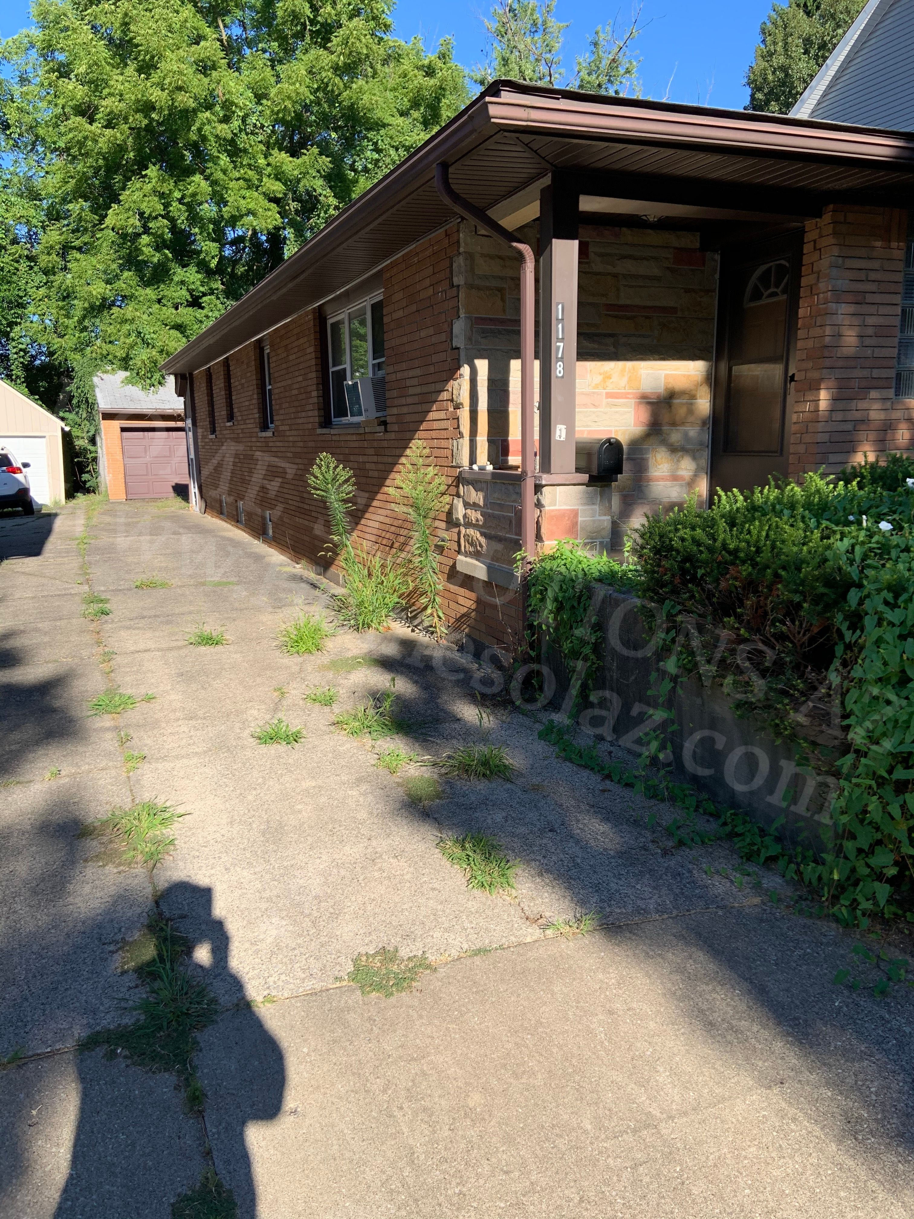 1178 Collinwood Ave (Image - 2)