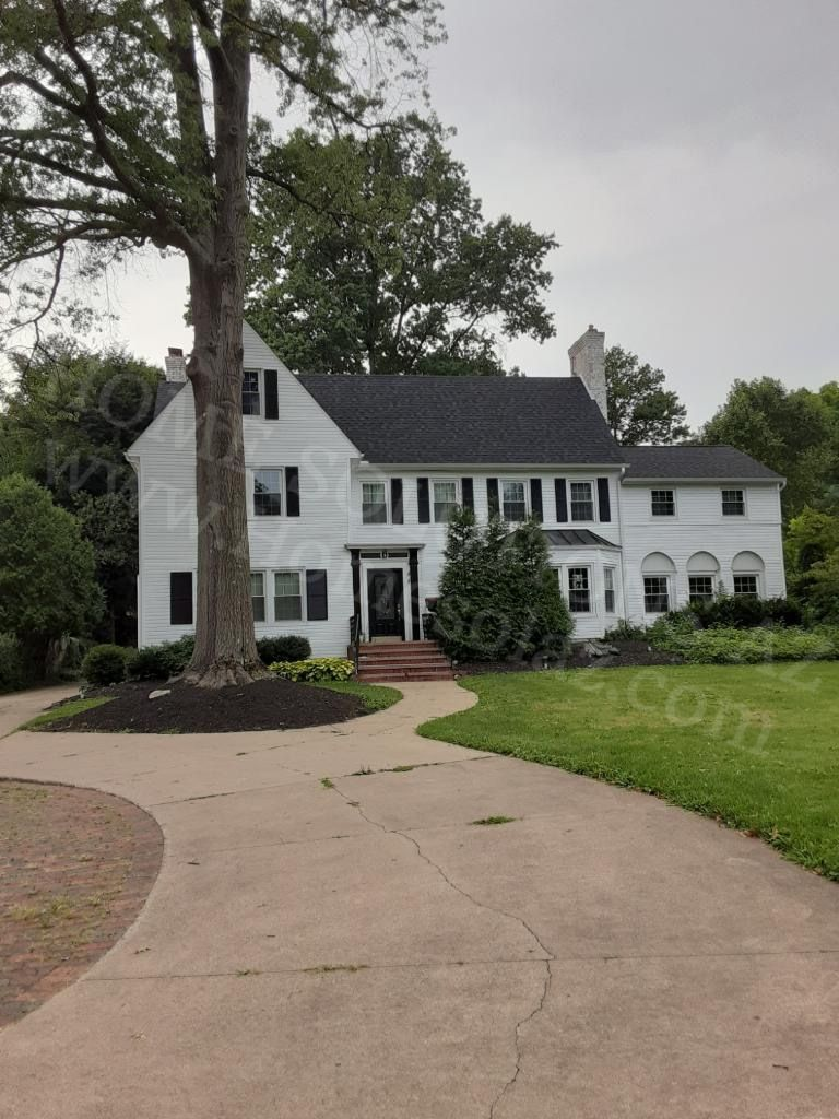 534 Merriman Rd (Image - 1)