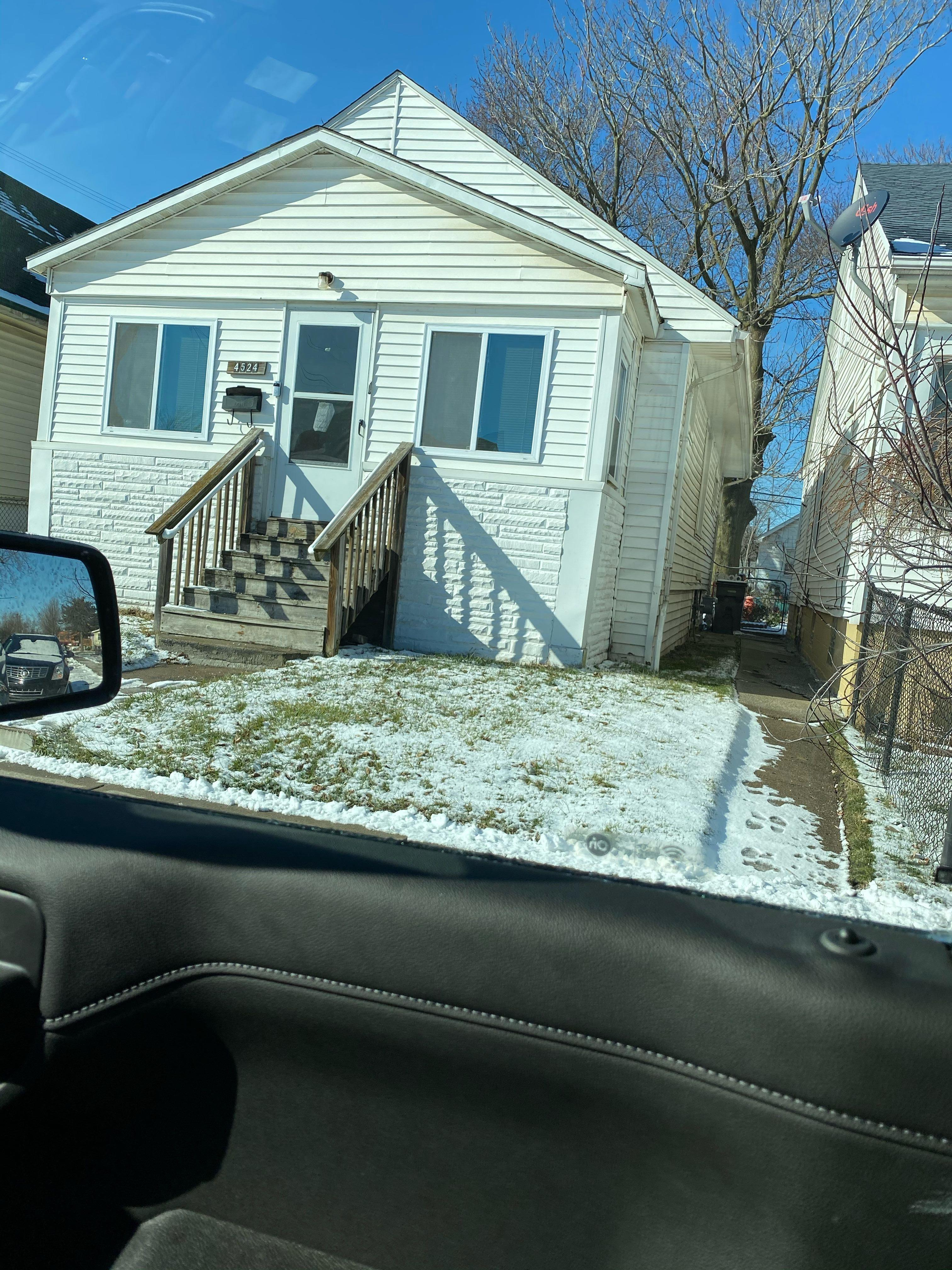 1380 Grant Ave (Image - 2)