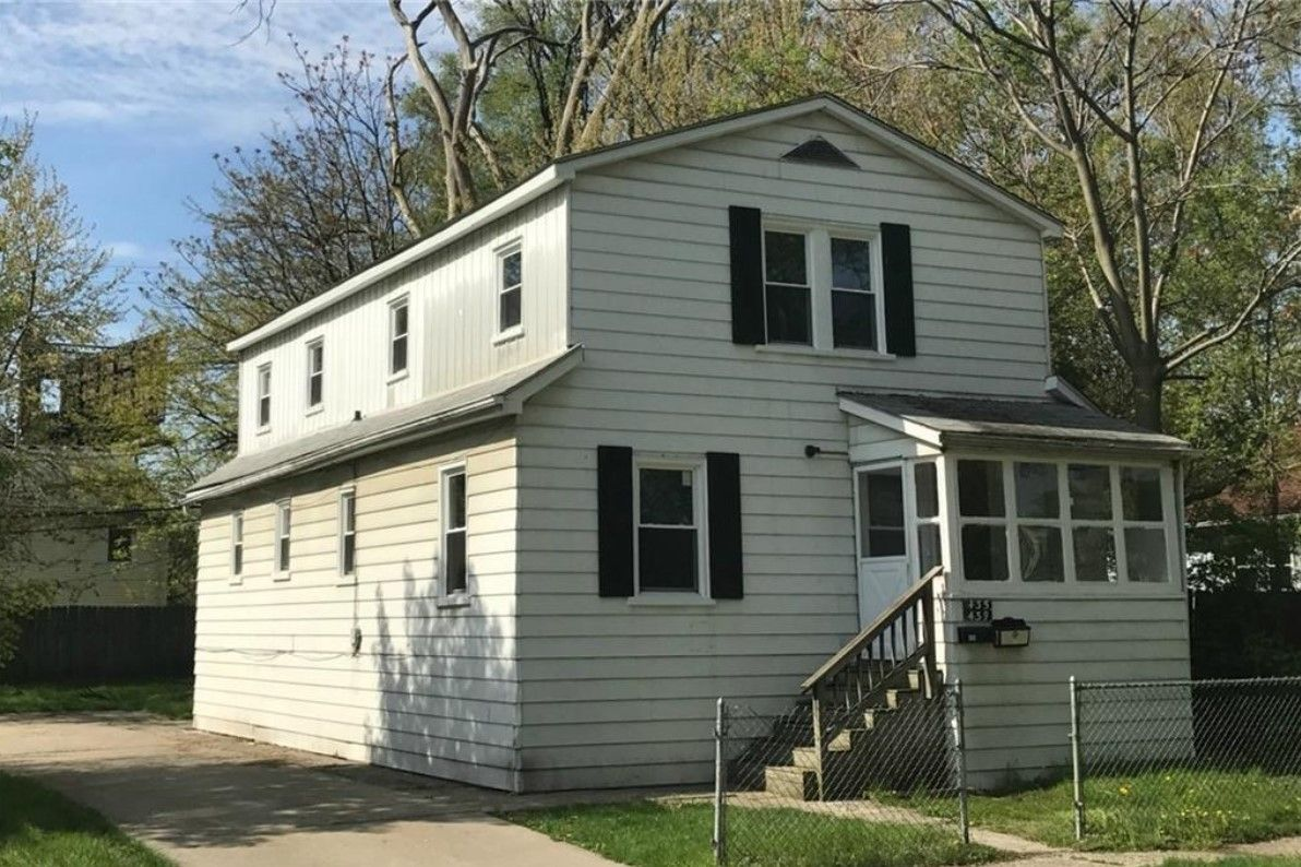 435 W George Ave, Hazel Park, MI